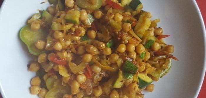Tuingroenten curry met kikkererwten